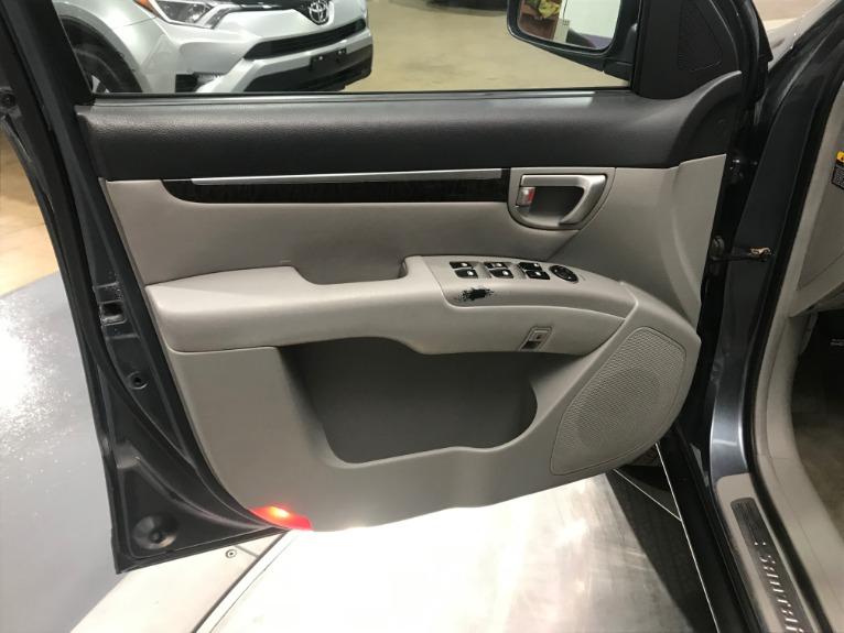 Used-2007-Hyundai-Santa-Fe-Limited