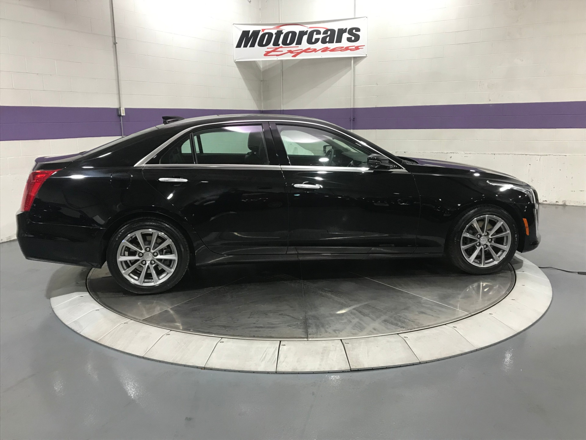 Used-2019-Cadillac-CTS-36L-Luxury