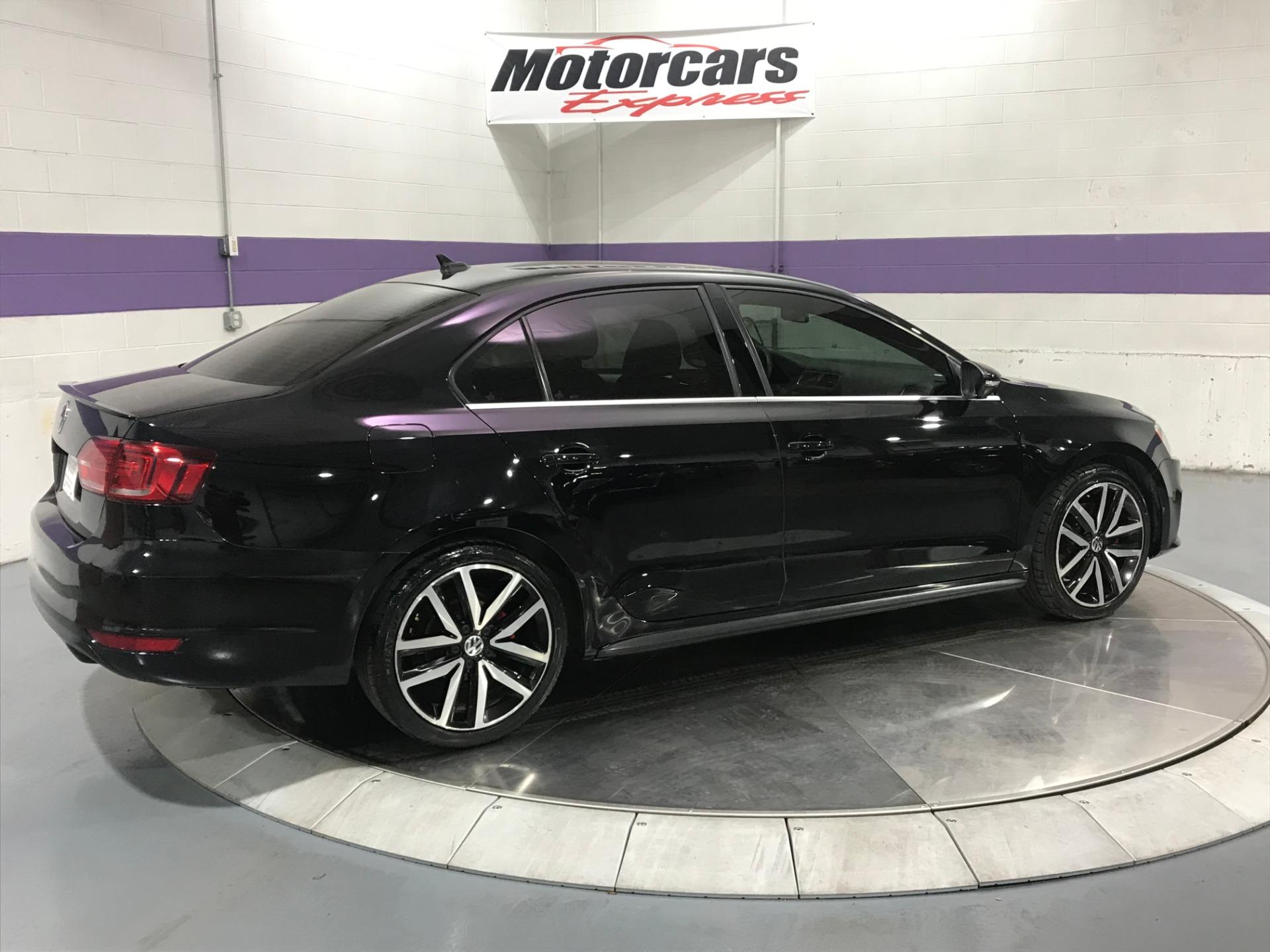 Used-2013-Volkswagen-Jetta-GLI
