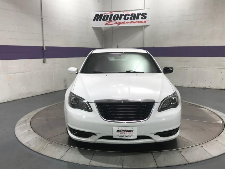 Used-2014-Chrysler-200-Touring