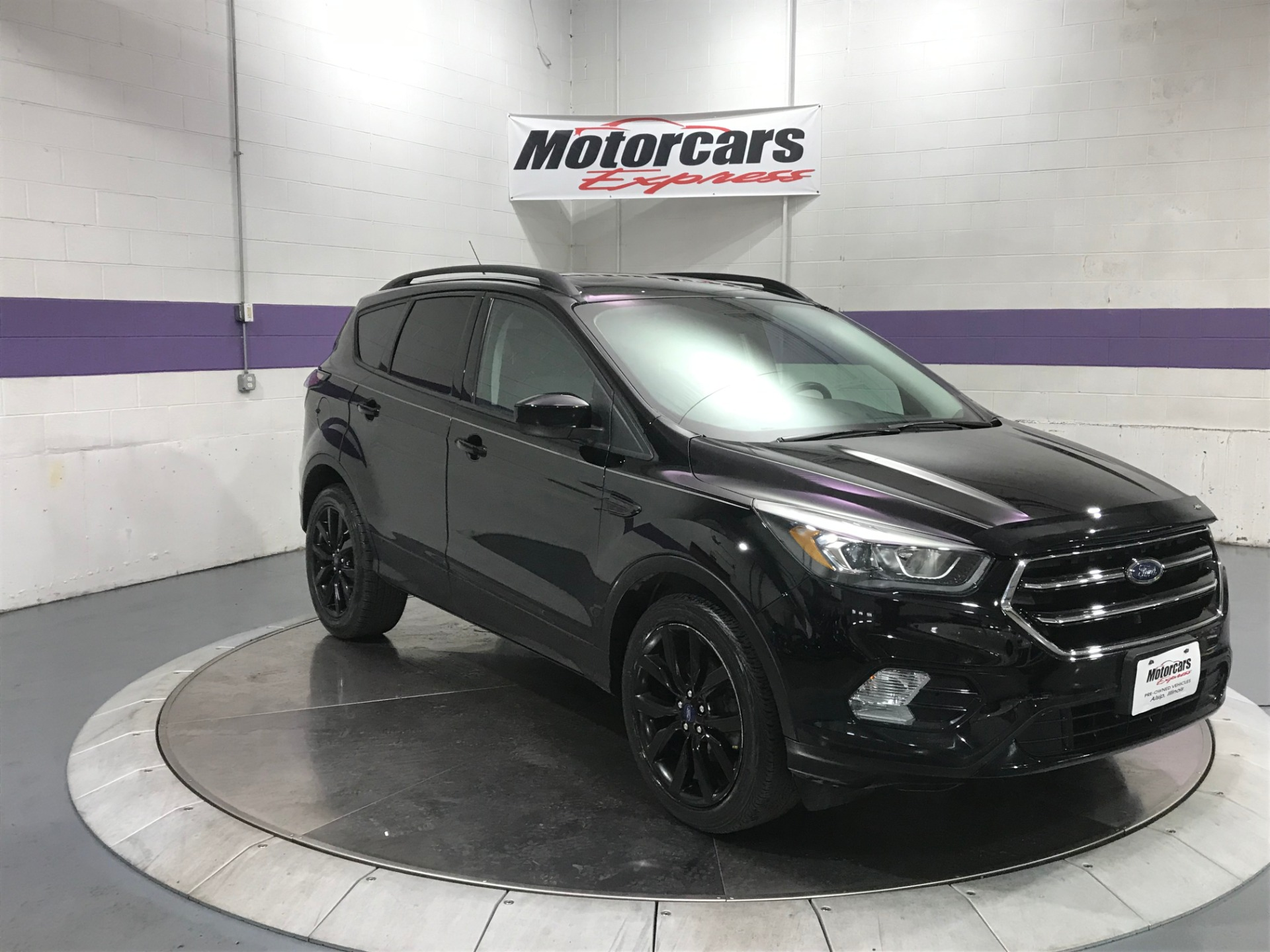 Used-2017-Ford-Escape-SE