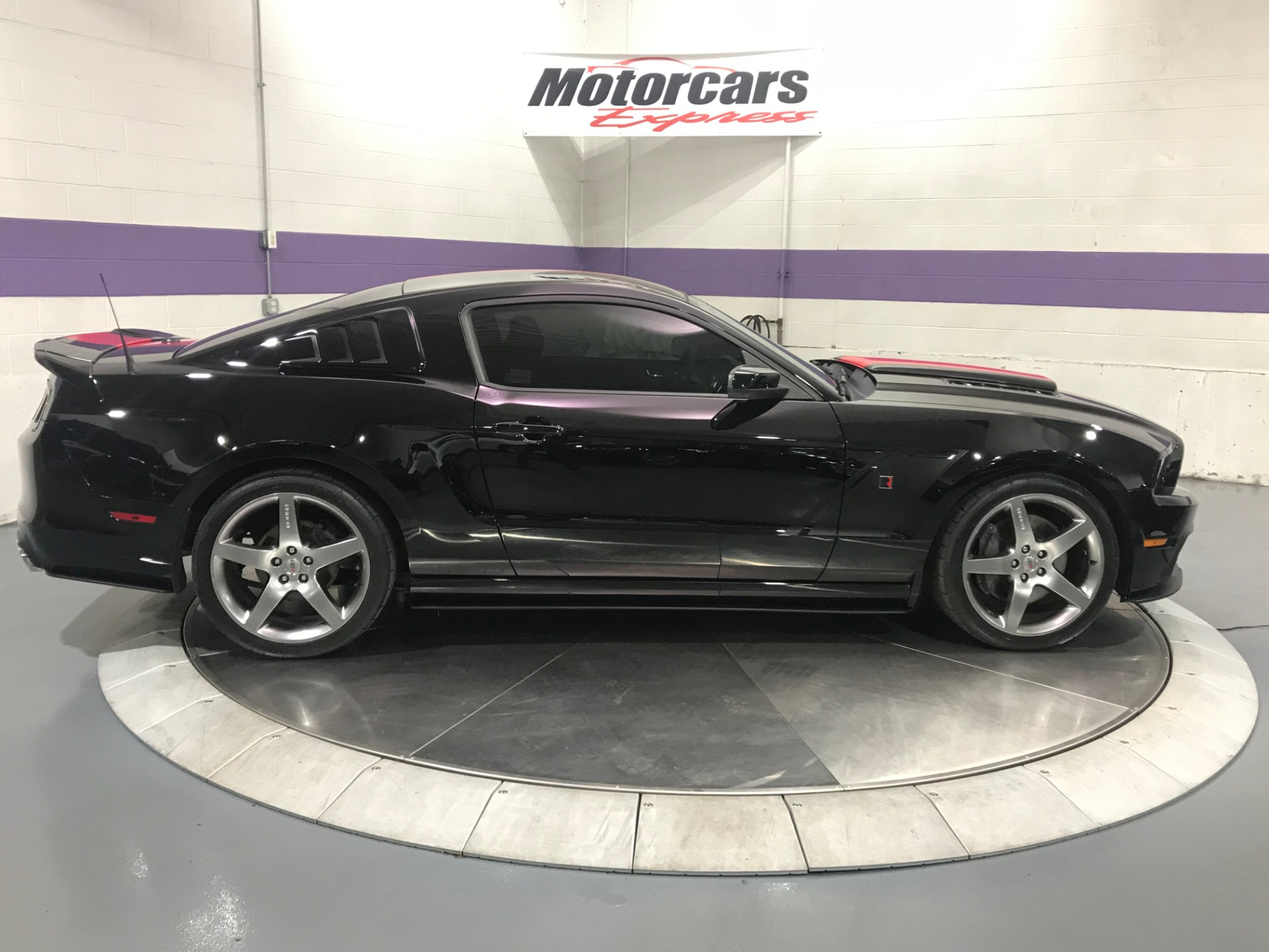 Used-2014-Ford-Mustang-GT-Roush-Stage-3-Mustang-GT-Roush-Edition-Stage-3