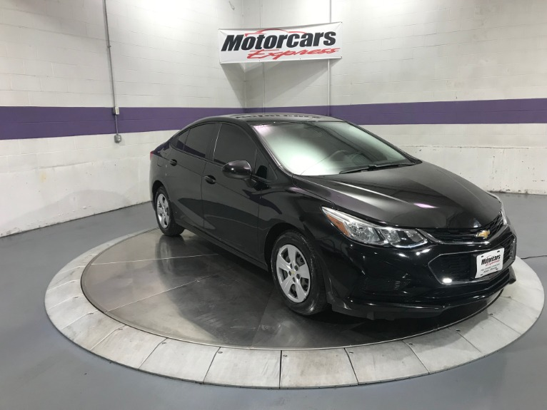 Used-2017-Chevrolet-Cruze-LS