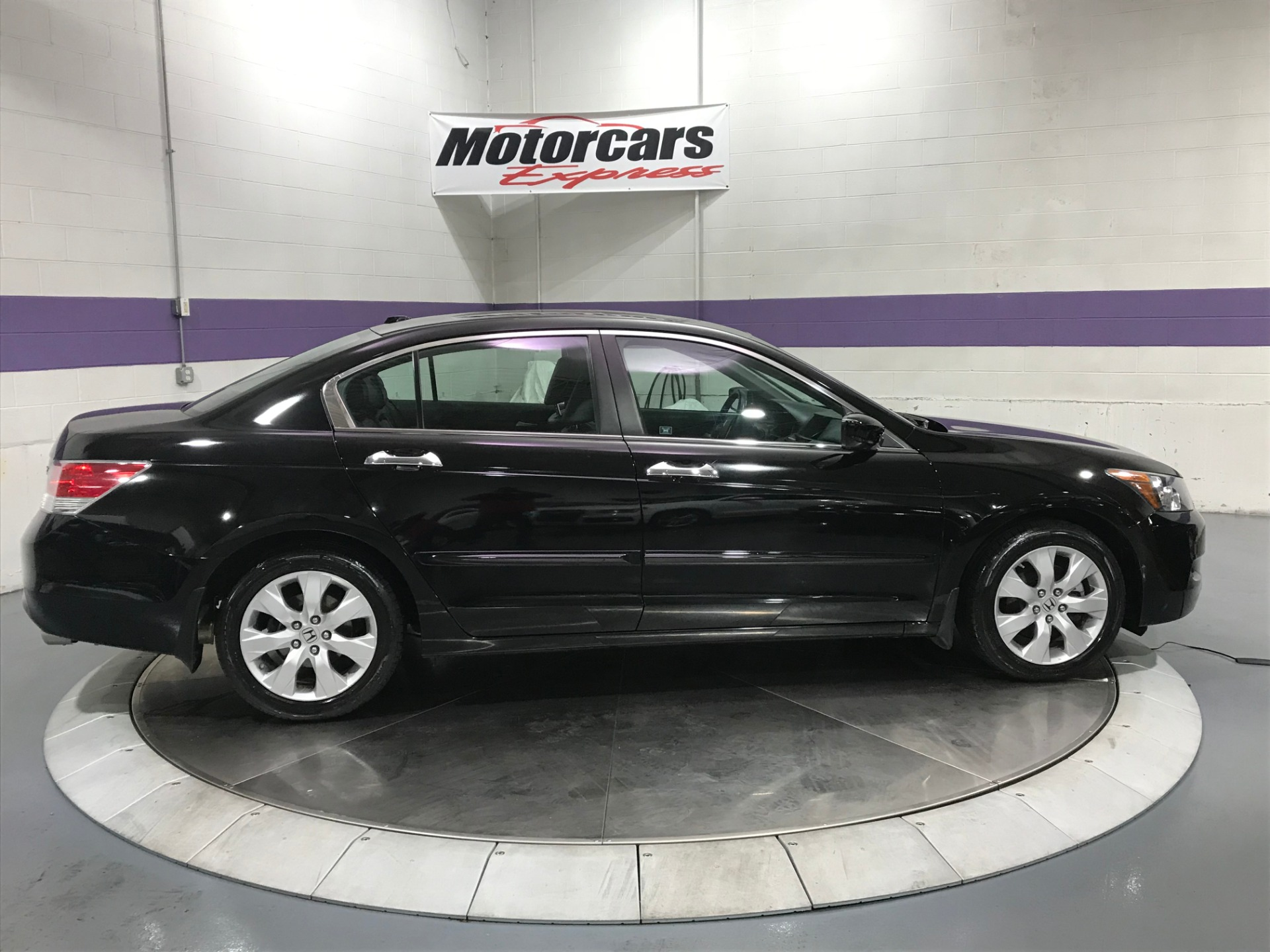 Used-2010-Honda-Accord-EX-L-V6-w/Navi