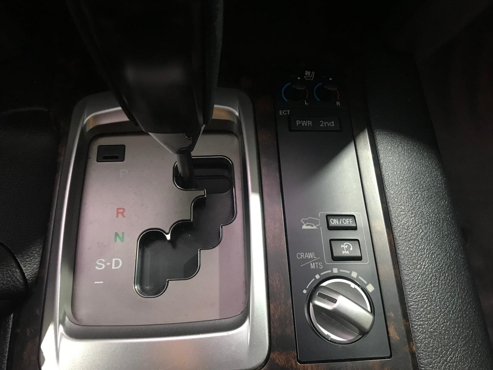 Used-2014-Toyota-Land-Cruiser