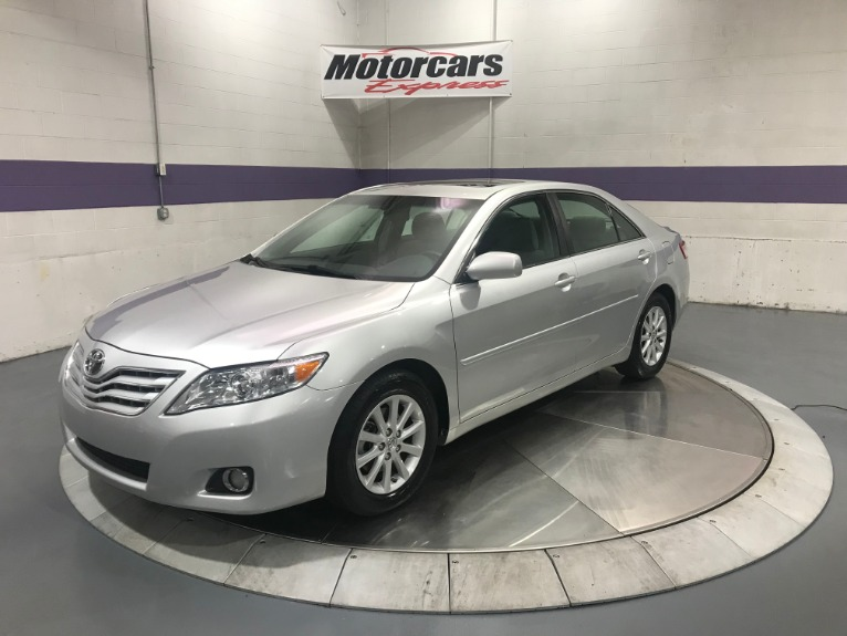 Used-2010-Toyota-Camry-XLE