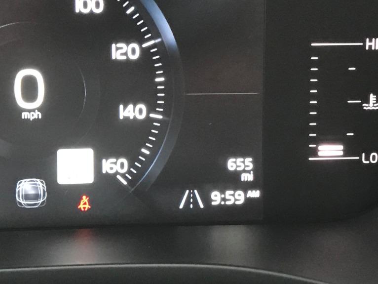 Used-2019-Volvo-XC60-T6-Momentum