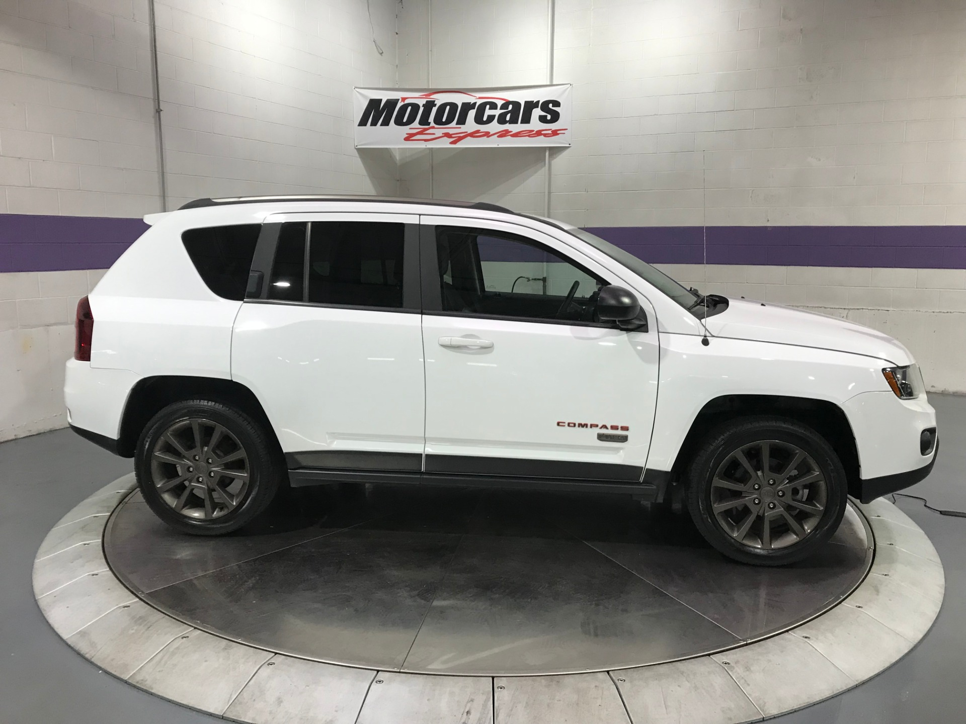 Used-2016-Jeep-Compass-Sport-75th-Anniversary-4x4