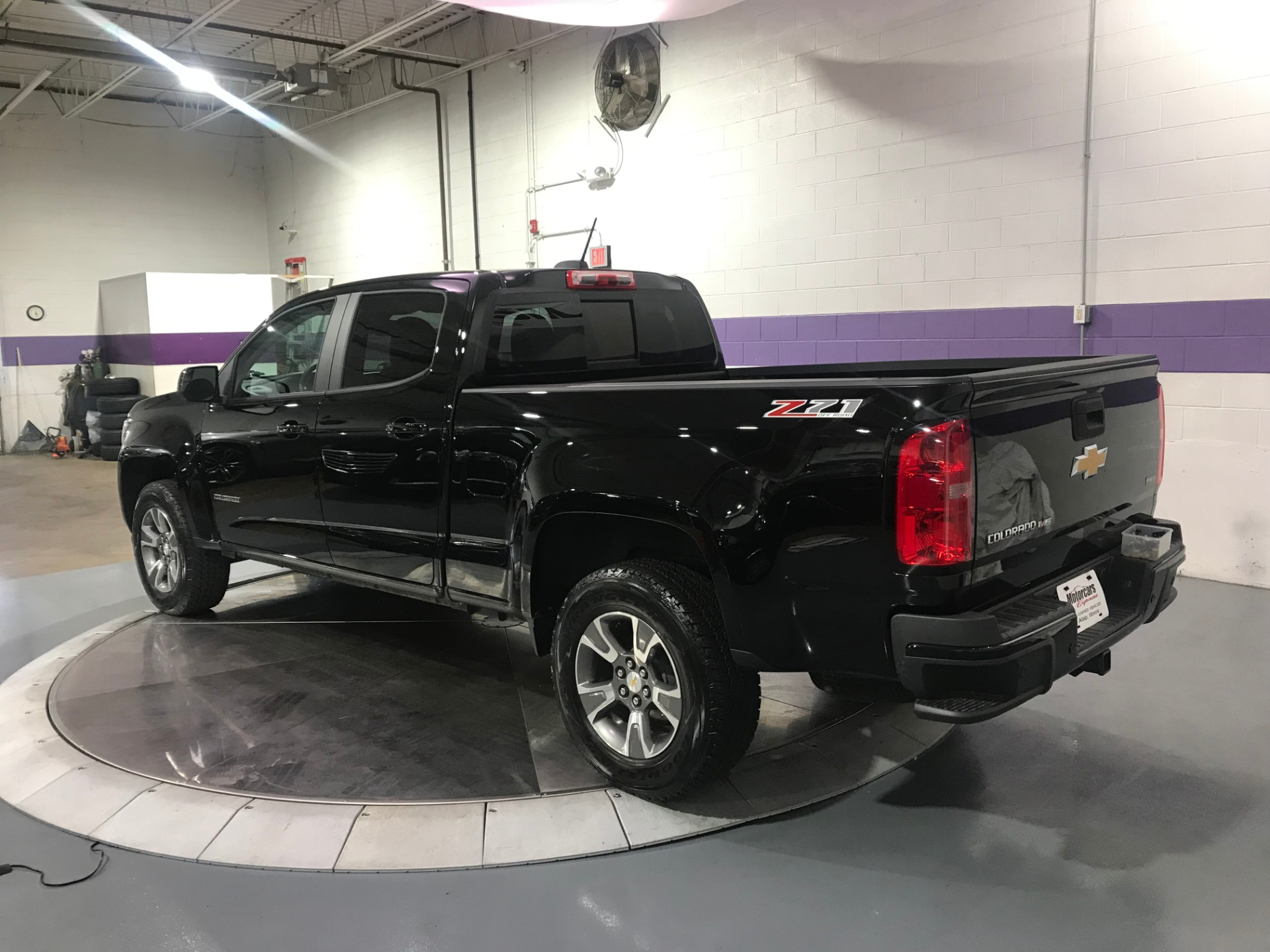 Used-2019-Chevrolet-Colorado-Z71-4X4