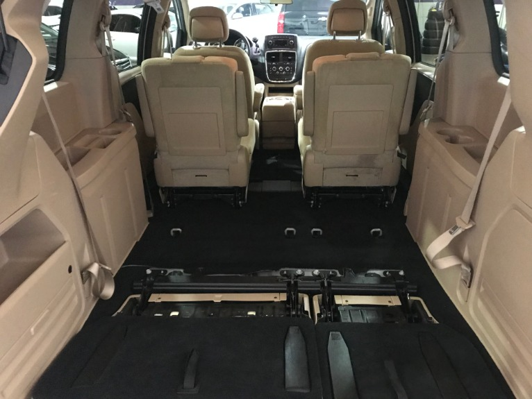 dodge grand caravan tan interior 2 Dodge Grand Caravan SXT Stock # 2 for sale near Alsip, IL
