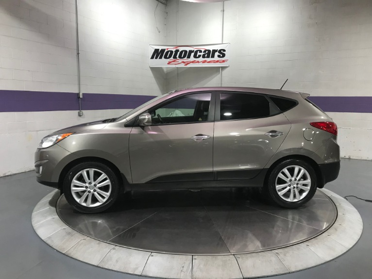 Used-2011-Hyundai-Tucson-Limited