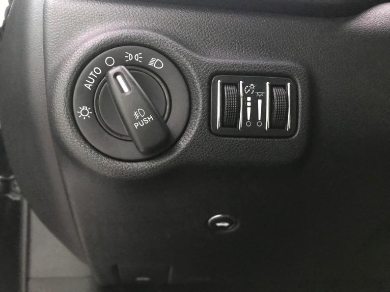 Used-2014-Dodge-Dart-SXT