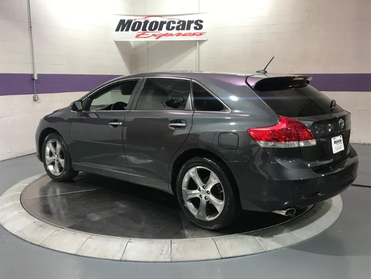 Used-2010-Toyota-Venza-AWD-V6
