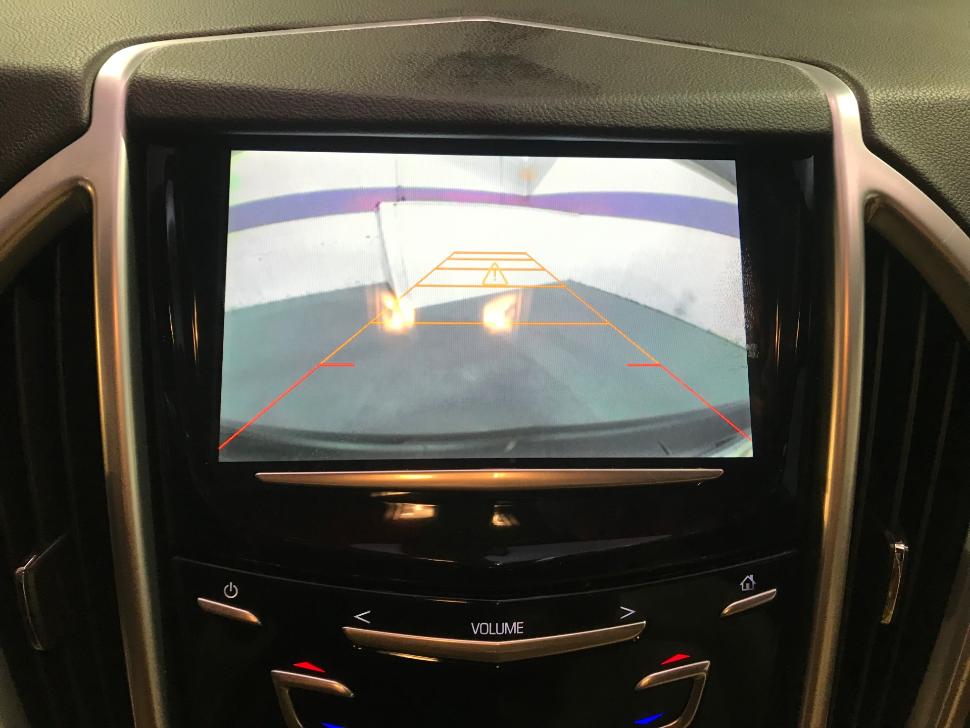 Used-2014-Cadillac-SRX-Luxury-Collection