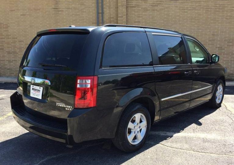 Used-2010-Dodge-Grand-Caravan-SXT-4dr-Mini-Van