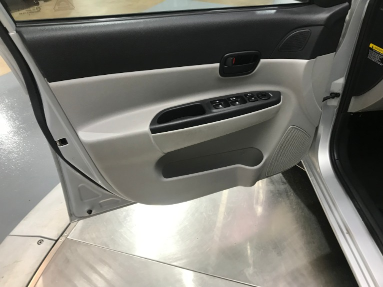 Used-2010-Hyundai-Accent-GLS