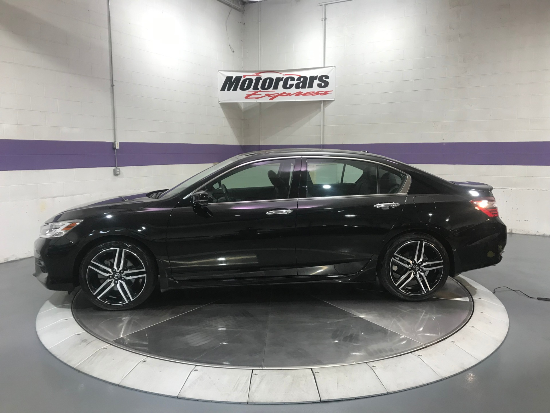 Used-2017-Honda-Accord-Touring