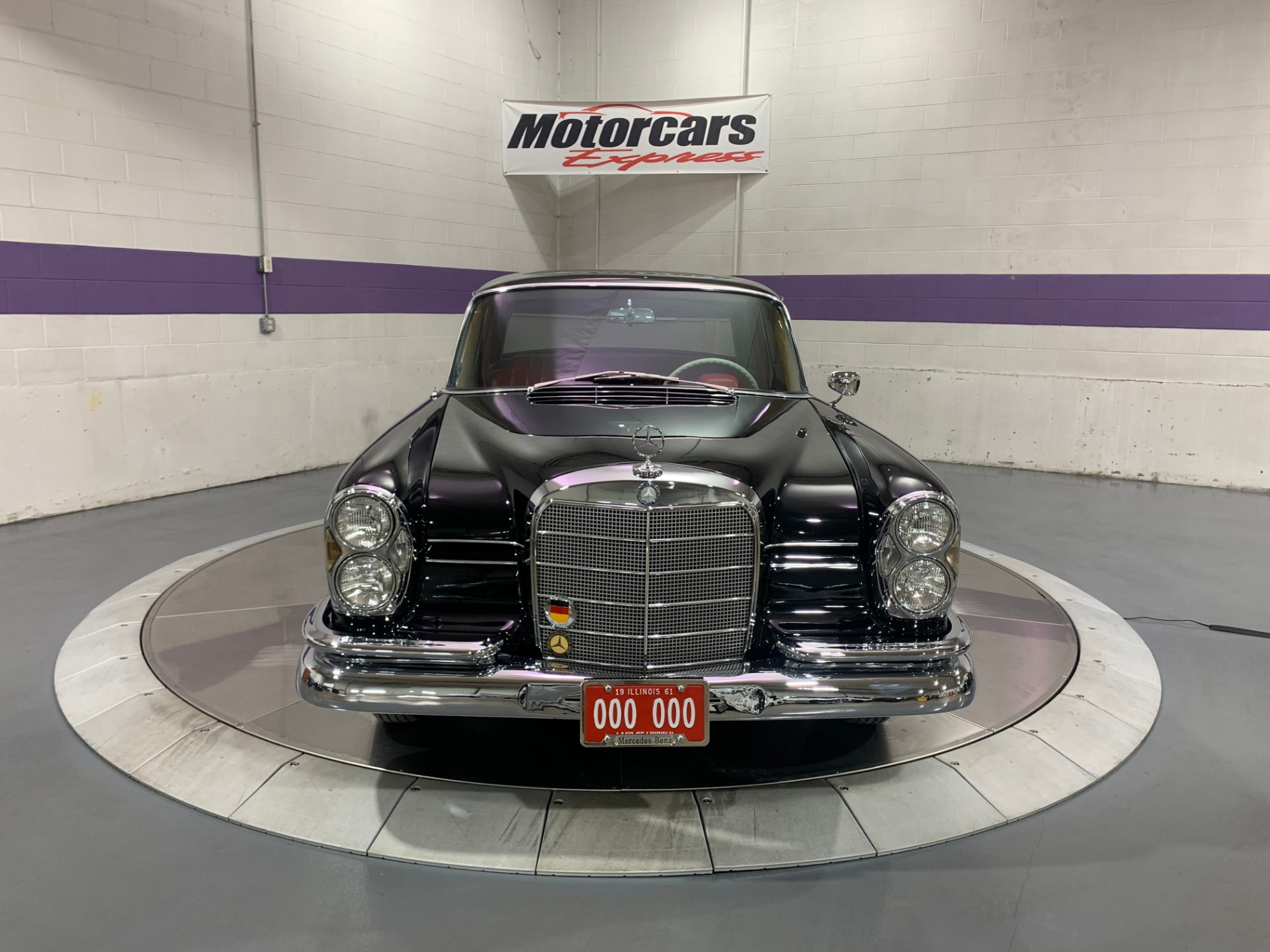 Used-1961-Mercedes-Benz-220-SB