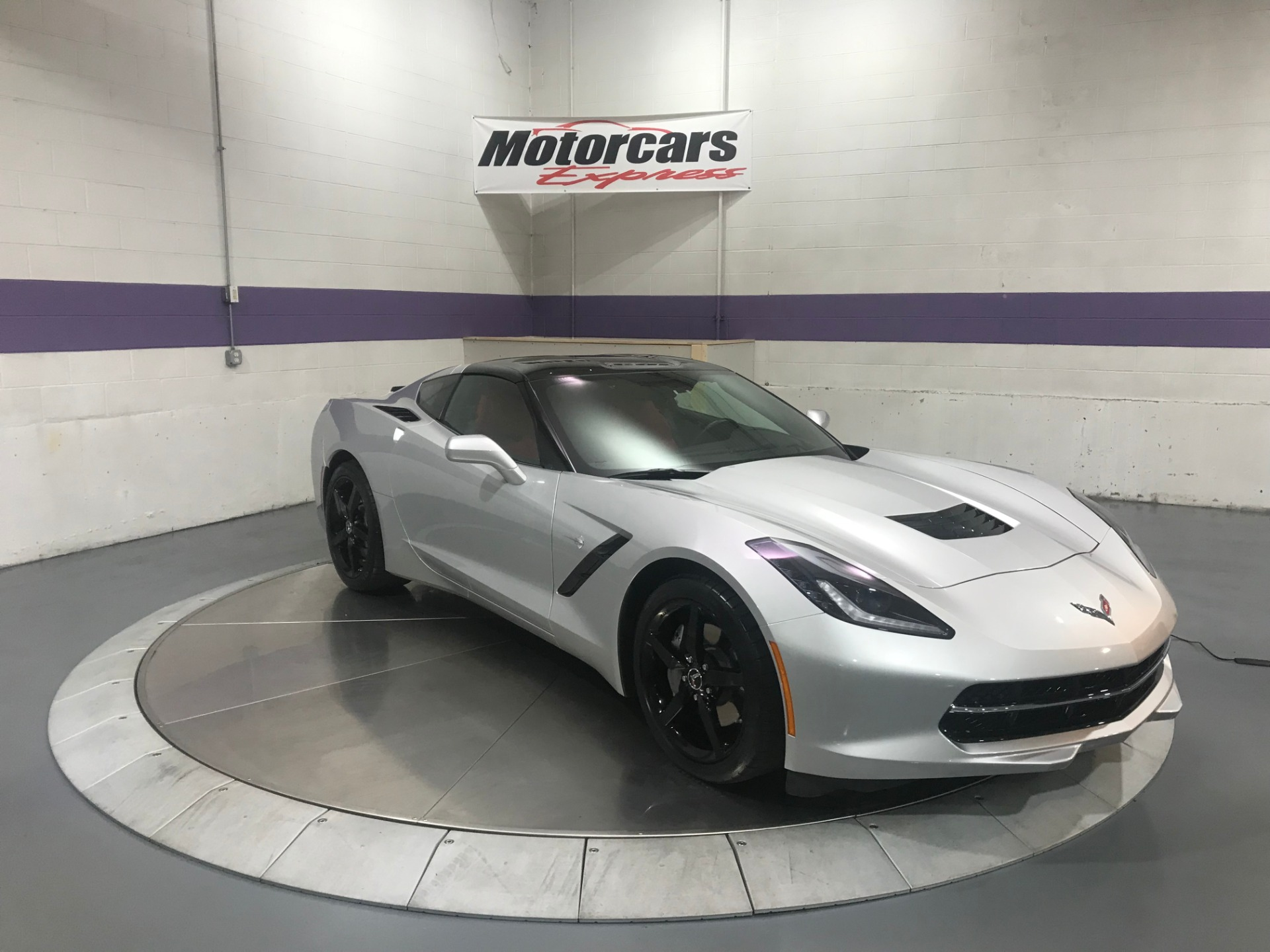 Used-2015-Chevrolet-Corvette-Stingray-RWD