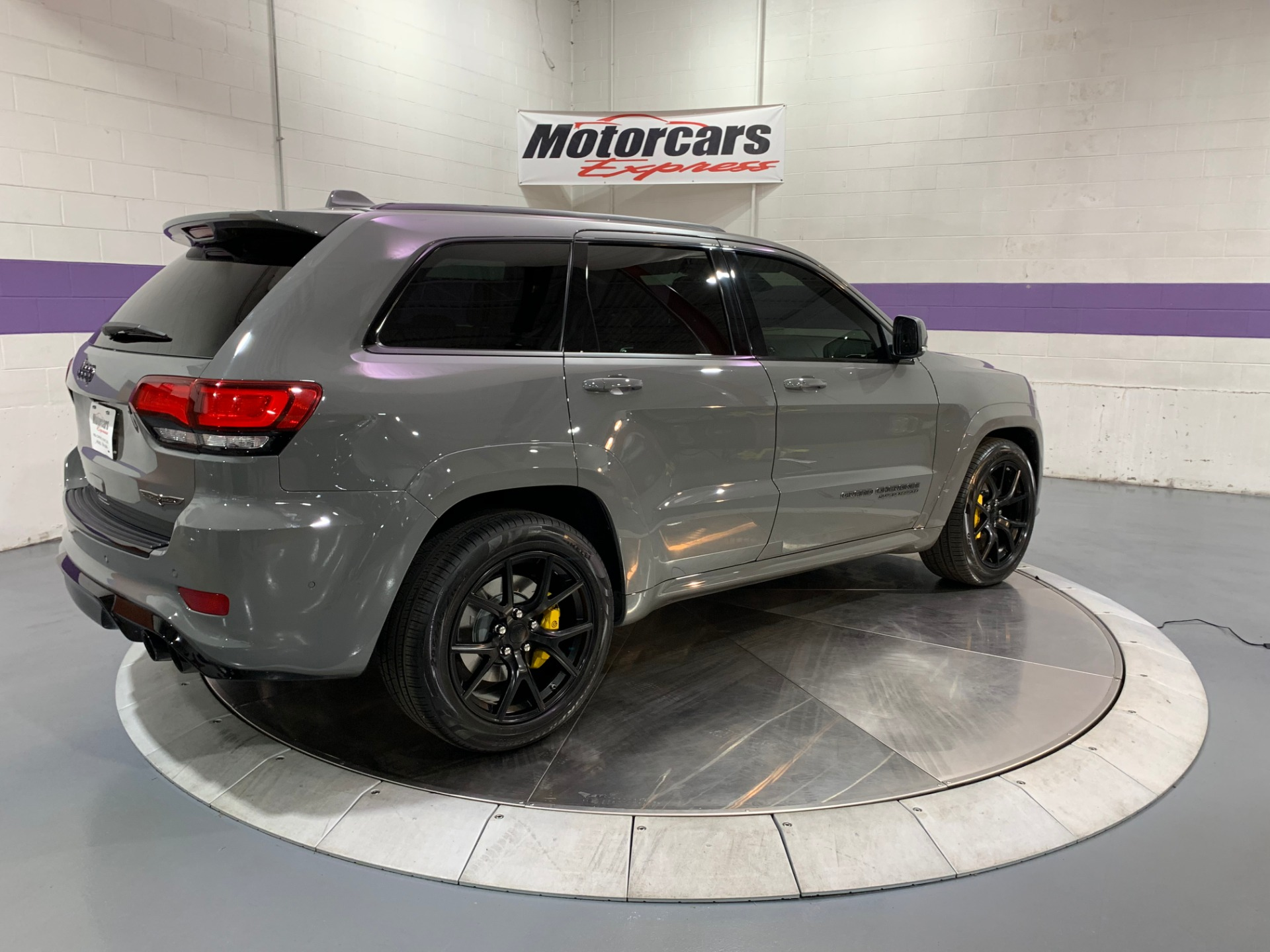 Used-2019-Jeep-Grand-Cherokee-Trackhawk