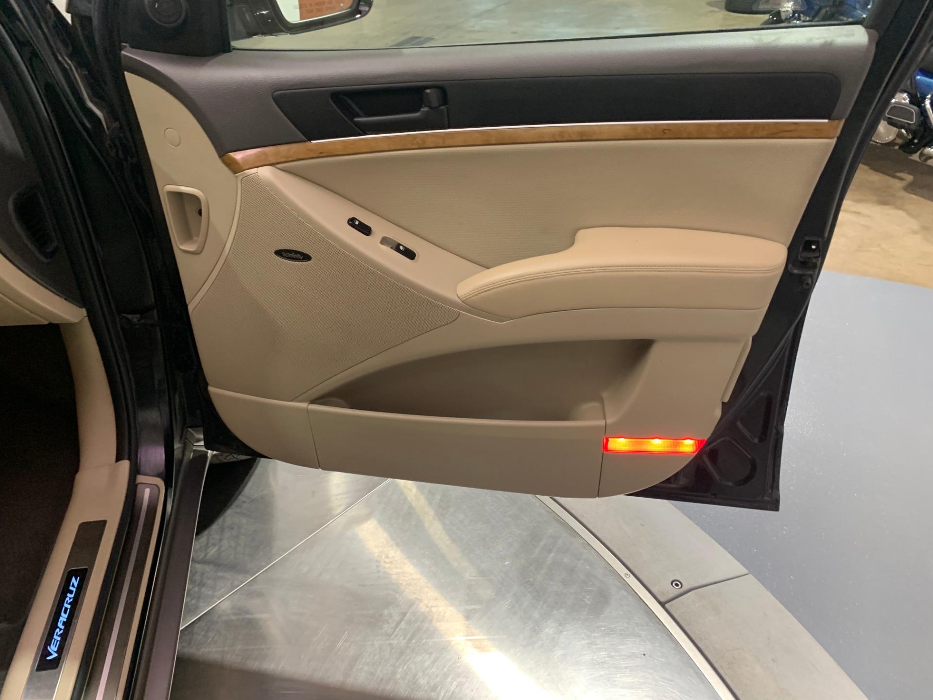 Used-2012-Hyundai-Veracruz-Limited