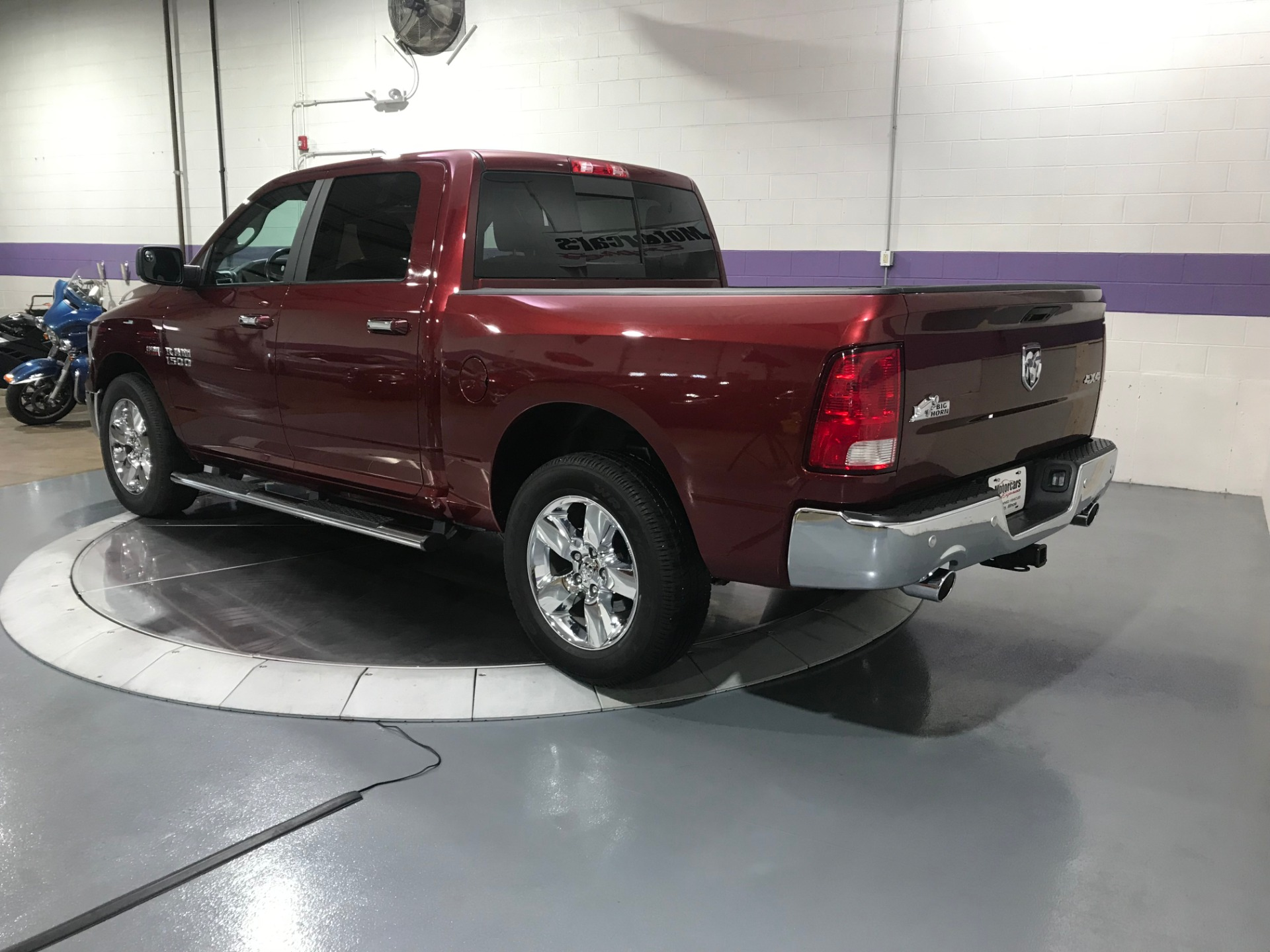 Used-2016-Ram-1500-pickup-SLT-Big-Horn-4X4