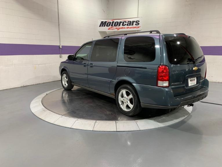 Used-2005-Chevrolet-Uplander-LS-FWD