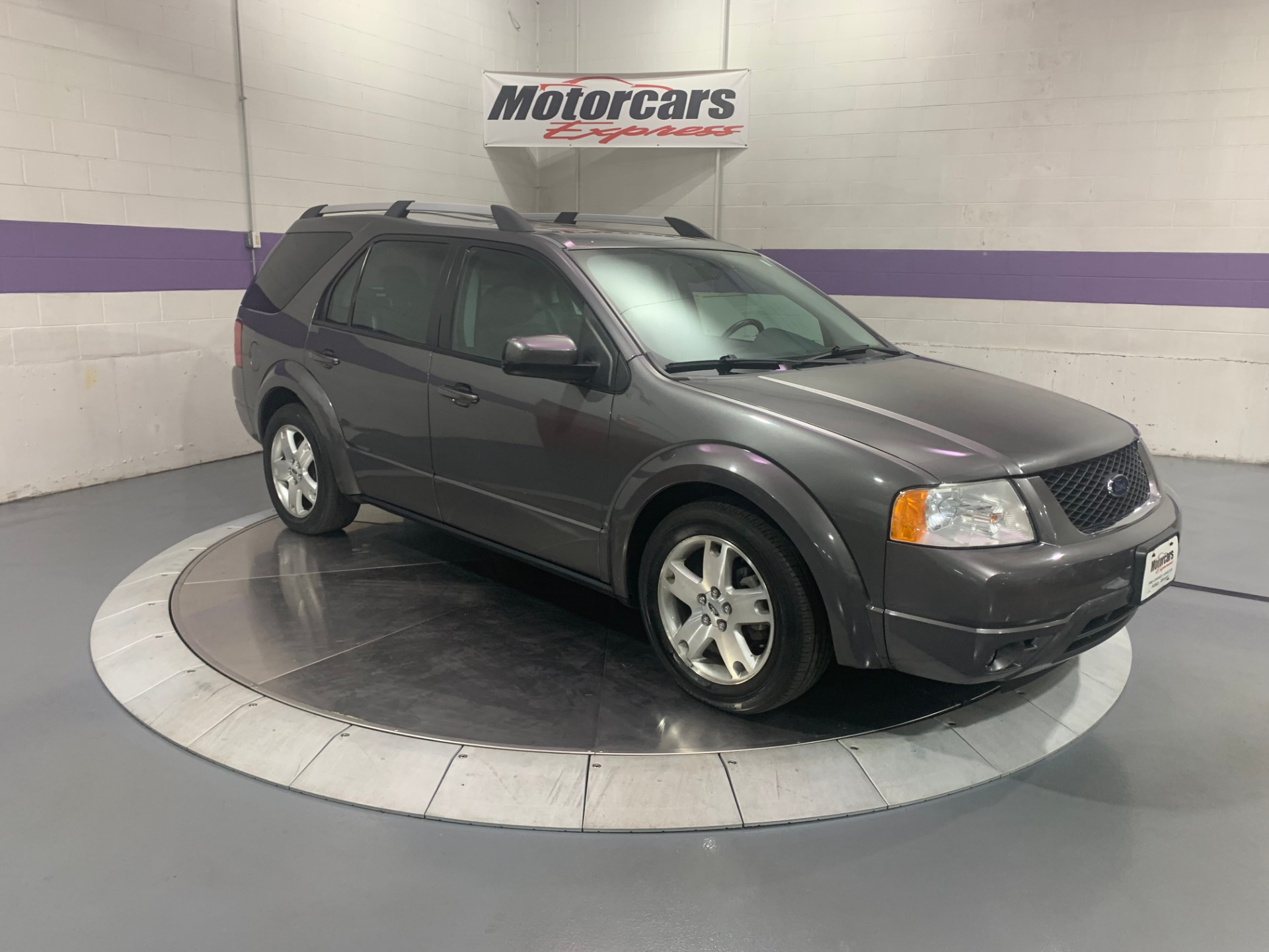 Used-2005-Ford-Freestyle-Limited
