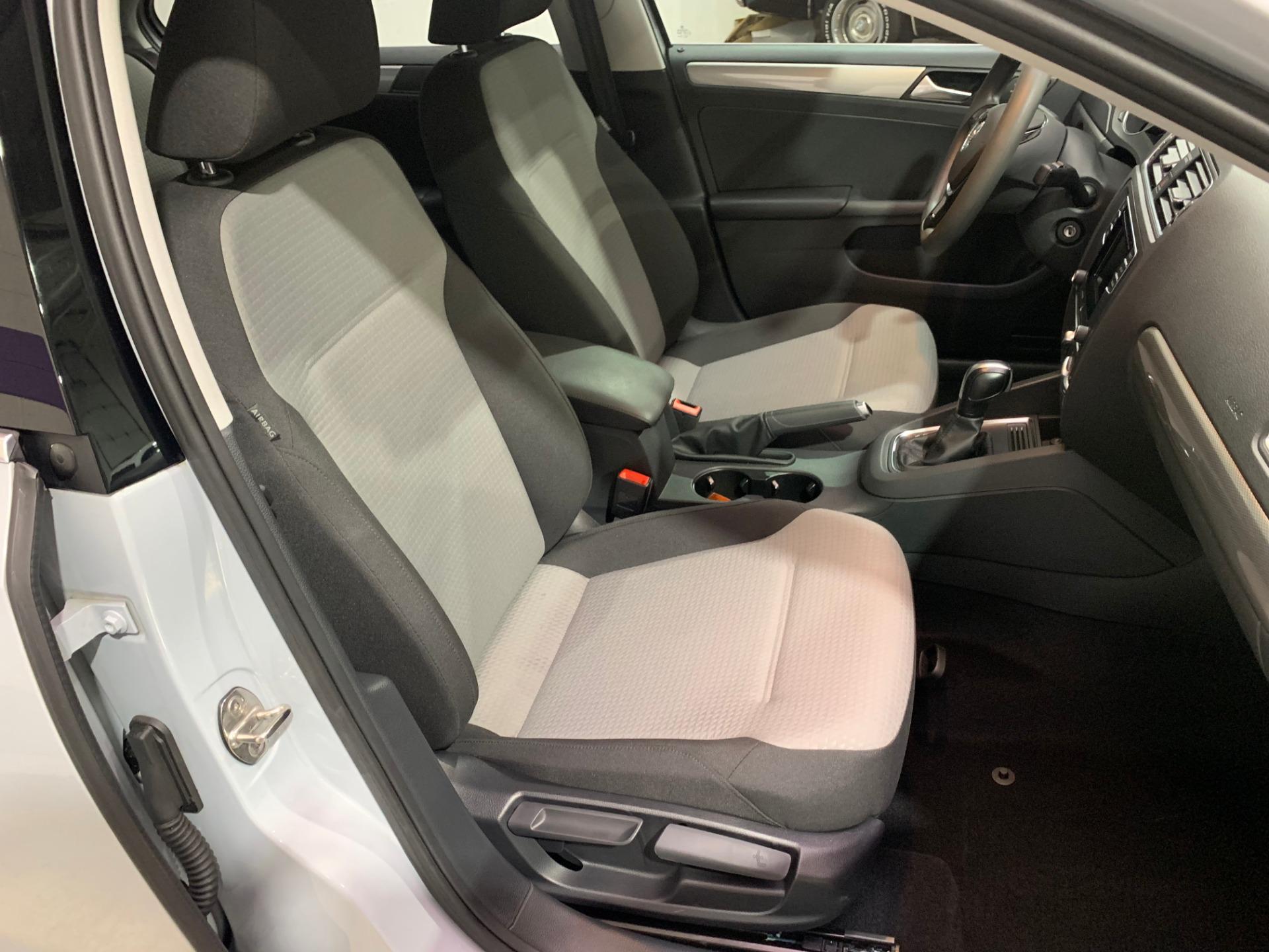 Used-2017-Volkswagen-Jetta-14T-S-FWD