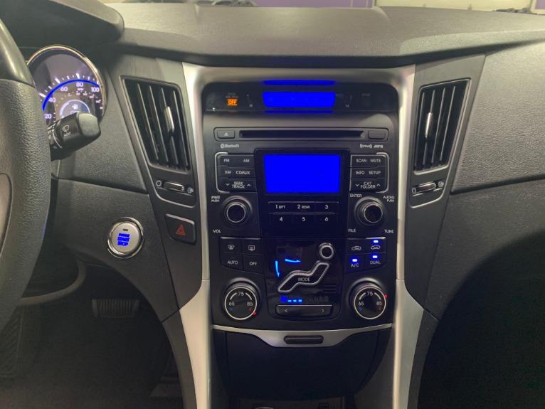 Used-2011-Hyundai-Sonata-SE-20T-FWD