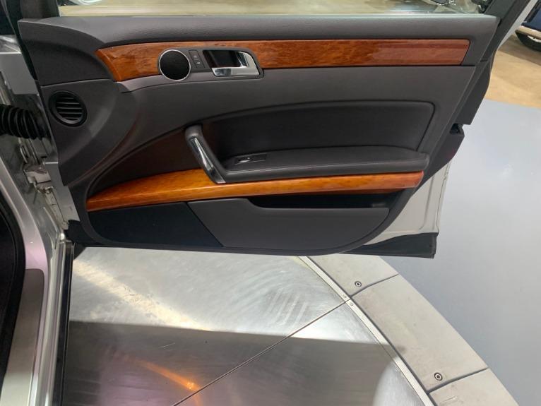 Used-2004-Volkswagen-Phaeton-V8
