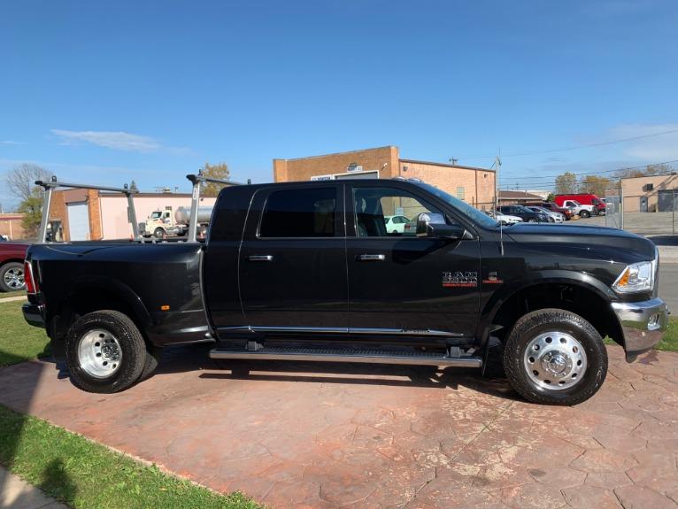 Used-2017-Ram-Ram-Pickup-3500-Laramie-Limited-4X4