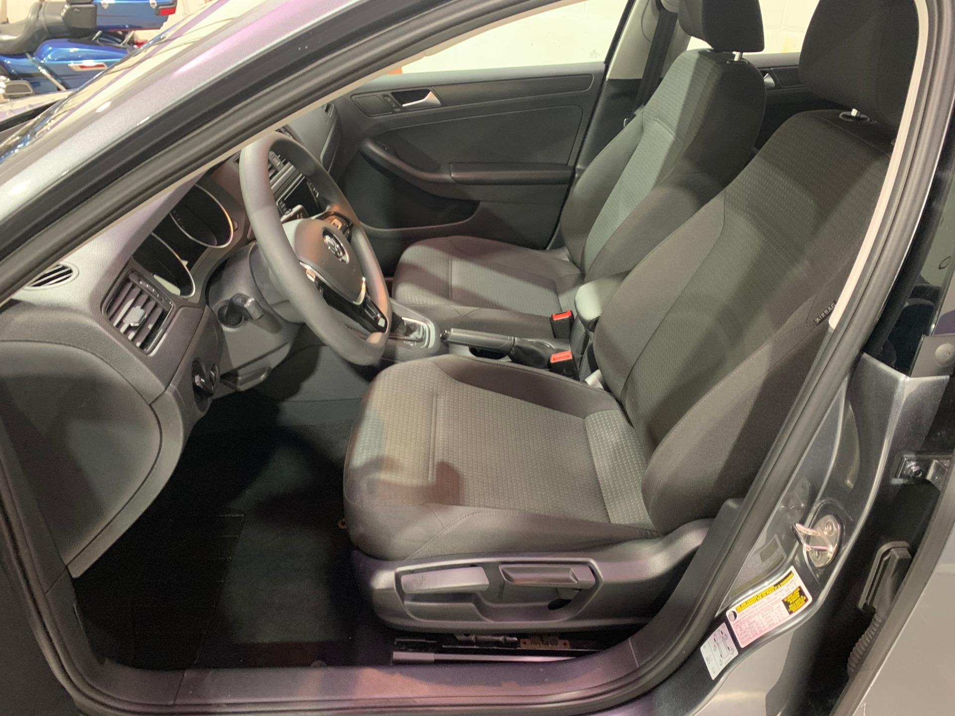 Used-2016-Volkswagen-Jetta-14T-S-FWD