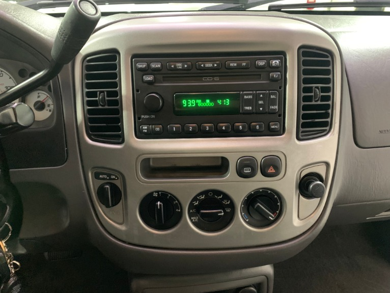 Used-2003-Ford-Escape-XLT-Popular-2-AWD