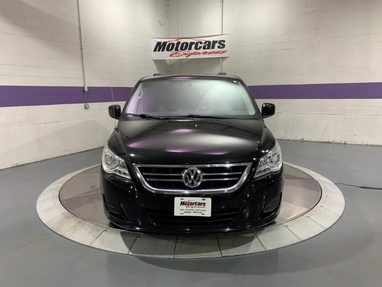 Used-2012-Volkswagen-Routan-SE