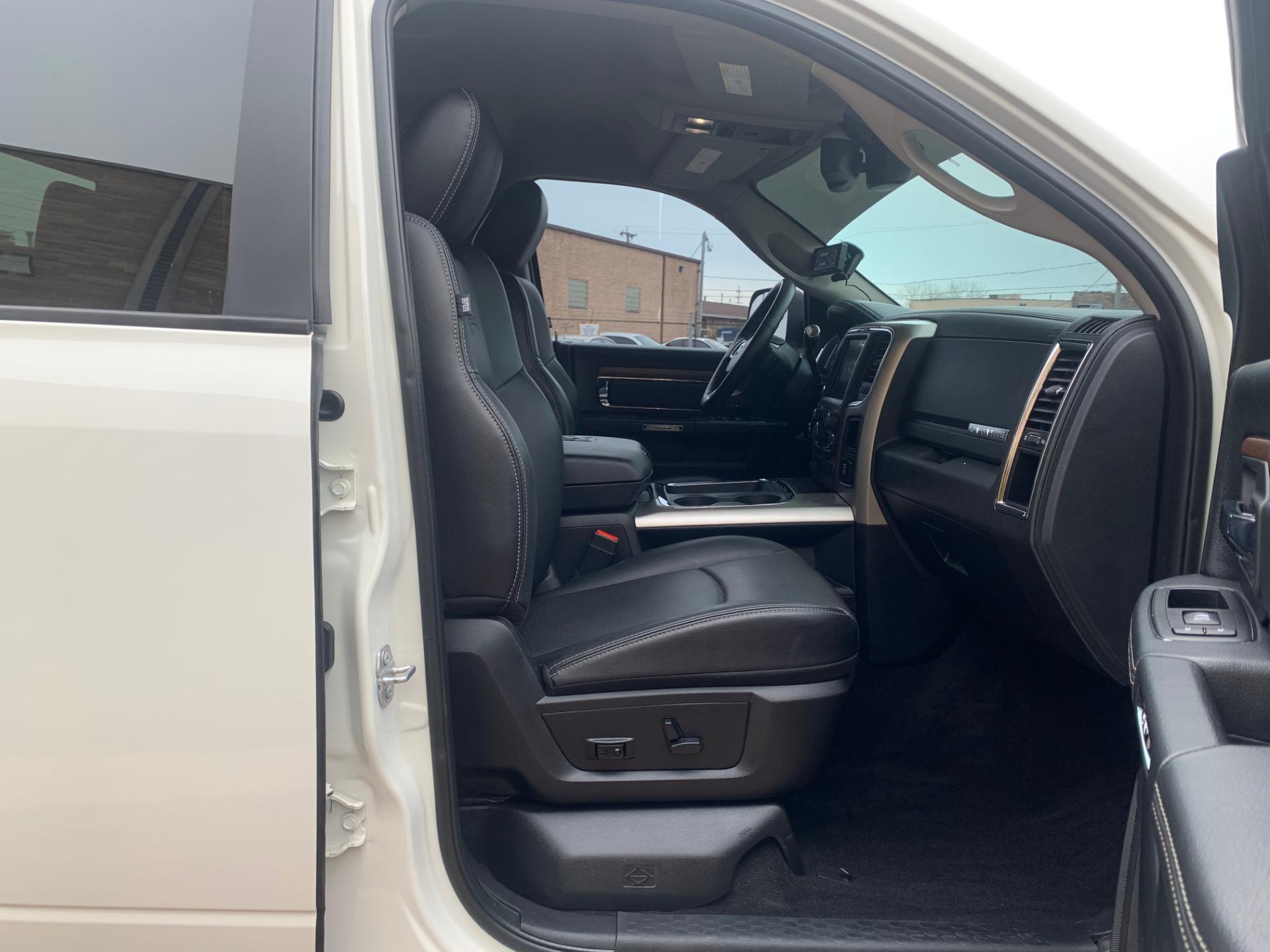 Used-2017-Ram-3500-pickup-Laramie-4X4