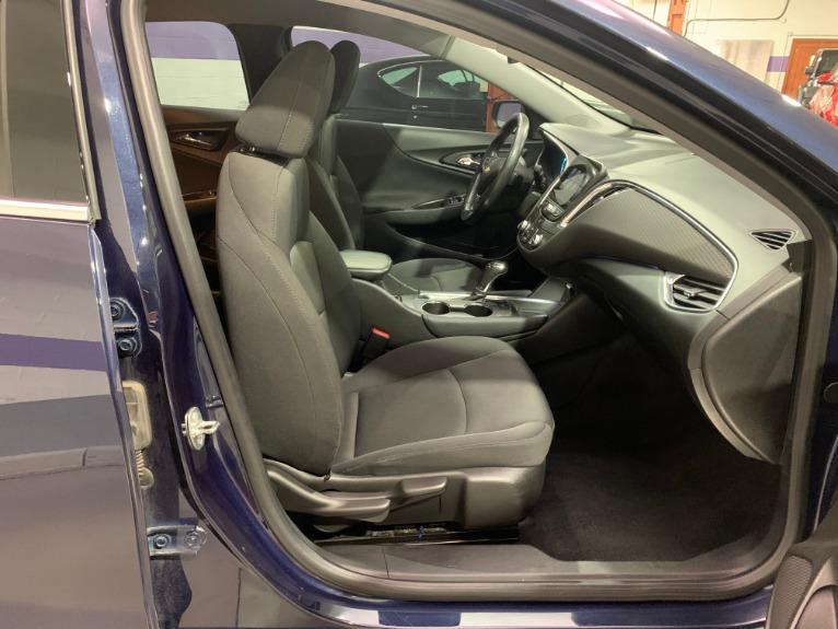 Used-2016-Chevrolet-Malibu-LT-FWD