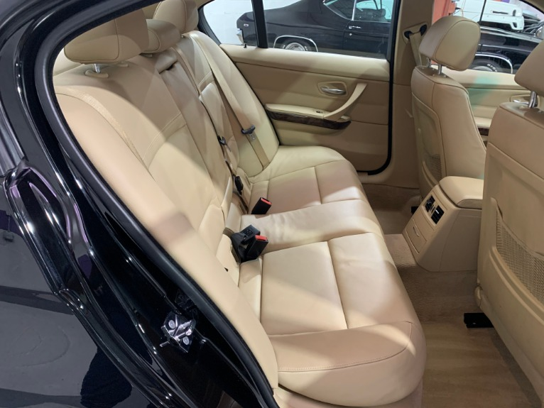 Used-2009-BMW-3-Series-328i-xDrive-AWD
