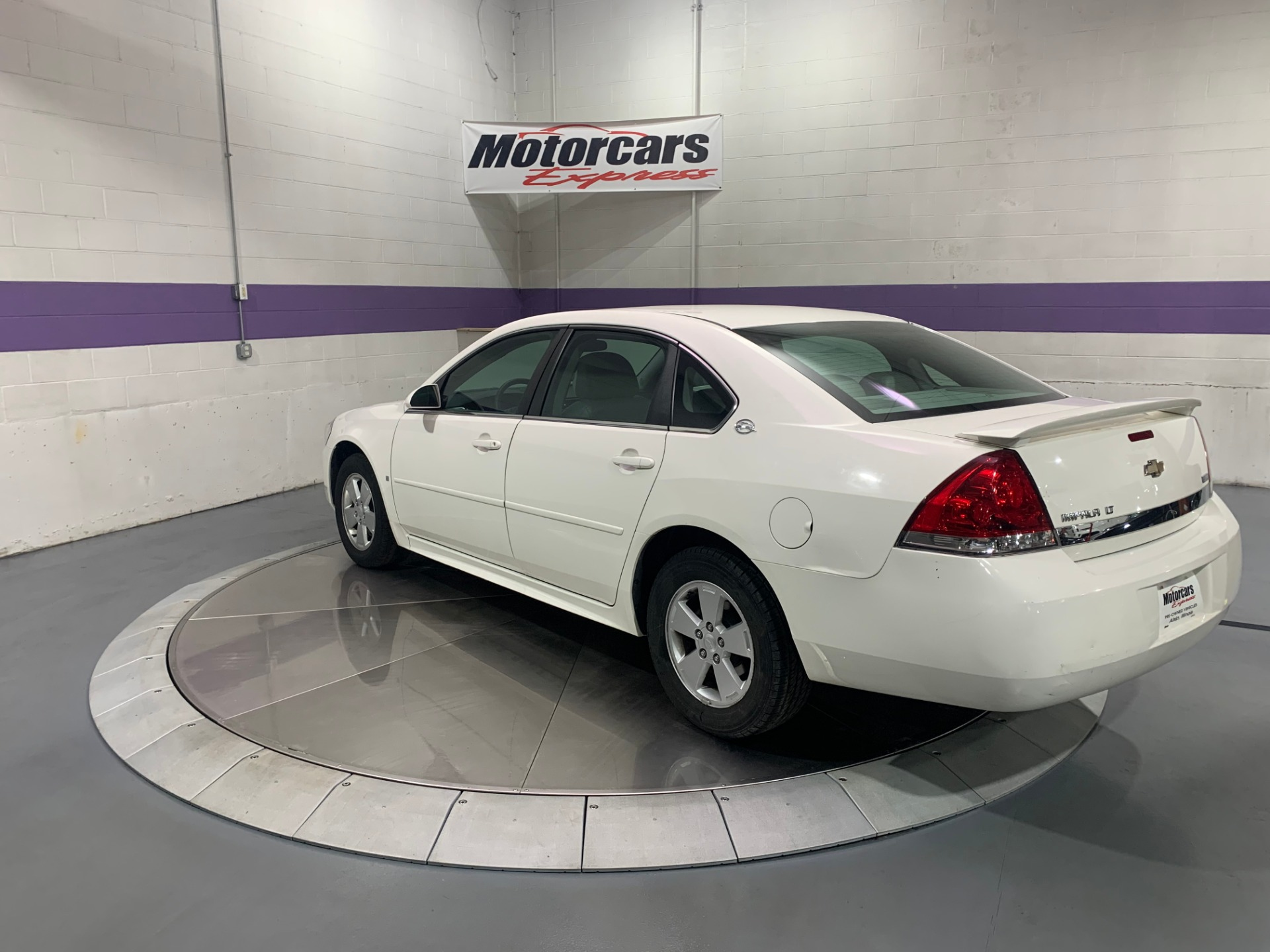 Used-2009-Chevrolet-Impala-LT-FWD