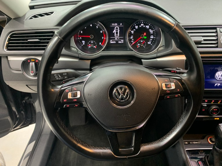Used-2017-Volkswagen-Passat-18T-R-Line-W/-Comfort-FWD