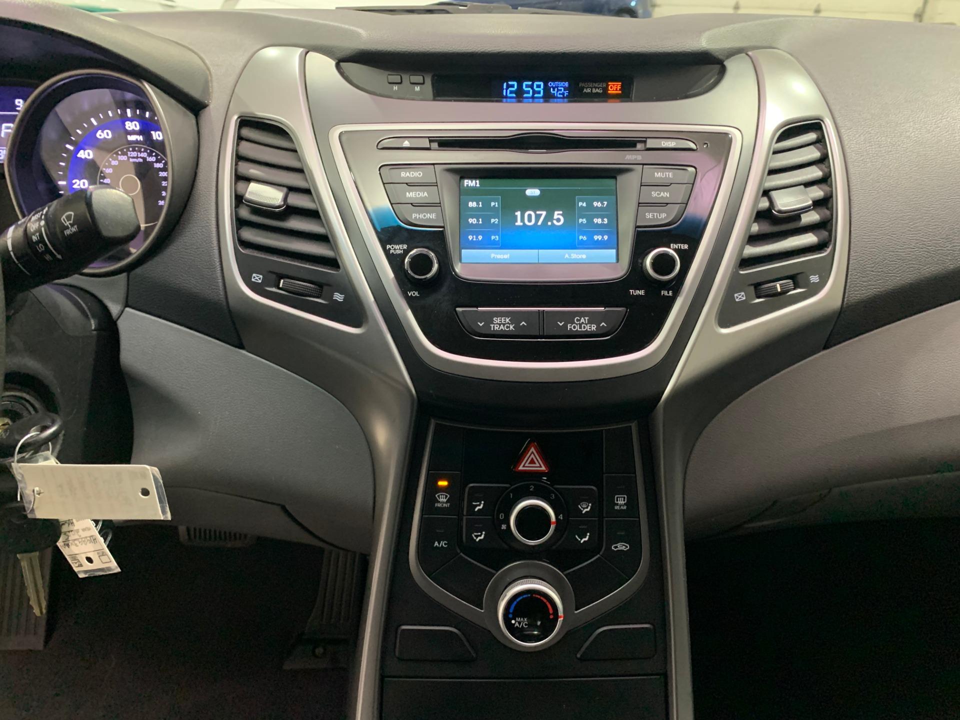 Used-2015-Hyundai-Elantra-Limited