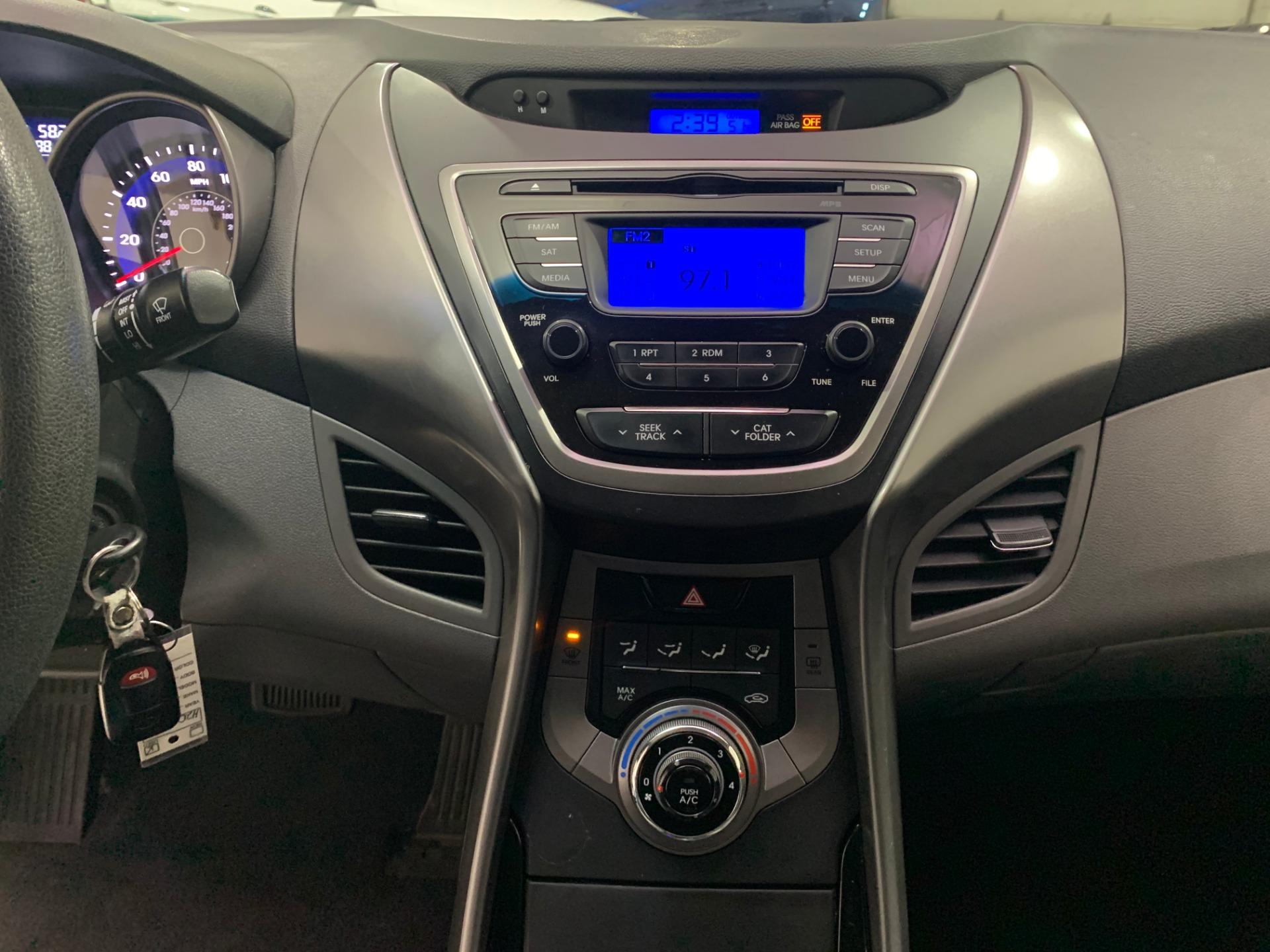 Used-2013-Hyundai-Elantra-GLS