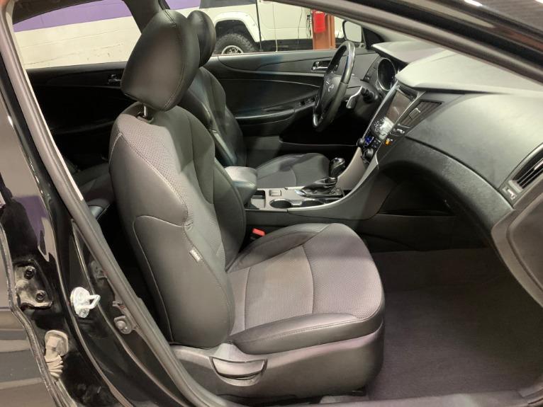 Used-2013-Hyundai-Sonata-SE-20T-FWD