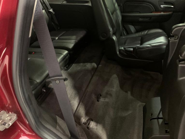 Used-2011-Cadillac-Escalade-Premium