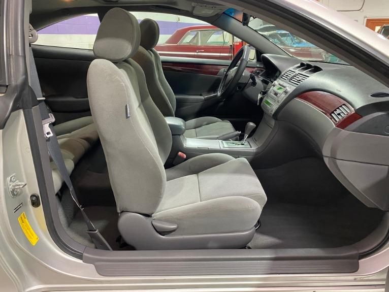 Used-2004-Toyota-Camry-Solara-SLE-FWD