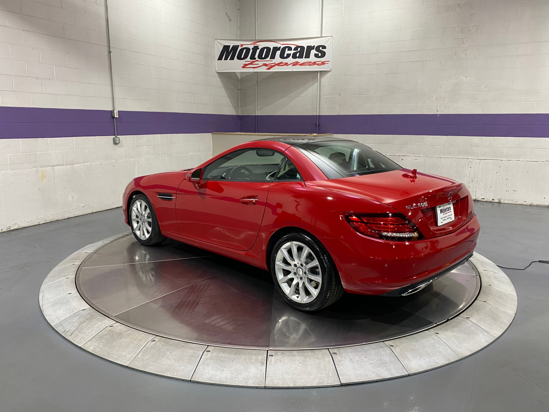 Used-2017-Mercedes-Benz-SLC-SLC-300-Convertible-RWD