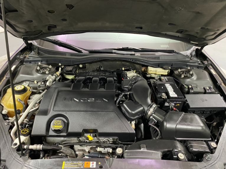 Used-2009-Lincoln-MKZ-FWD-Base