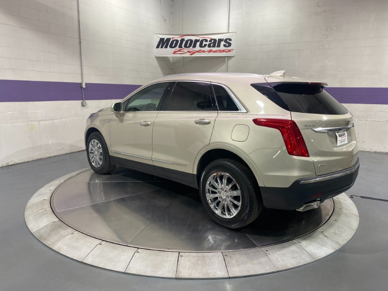 Used-2017-Cadillac-XT5-Luxury-AWD
