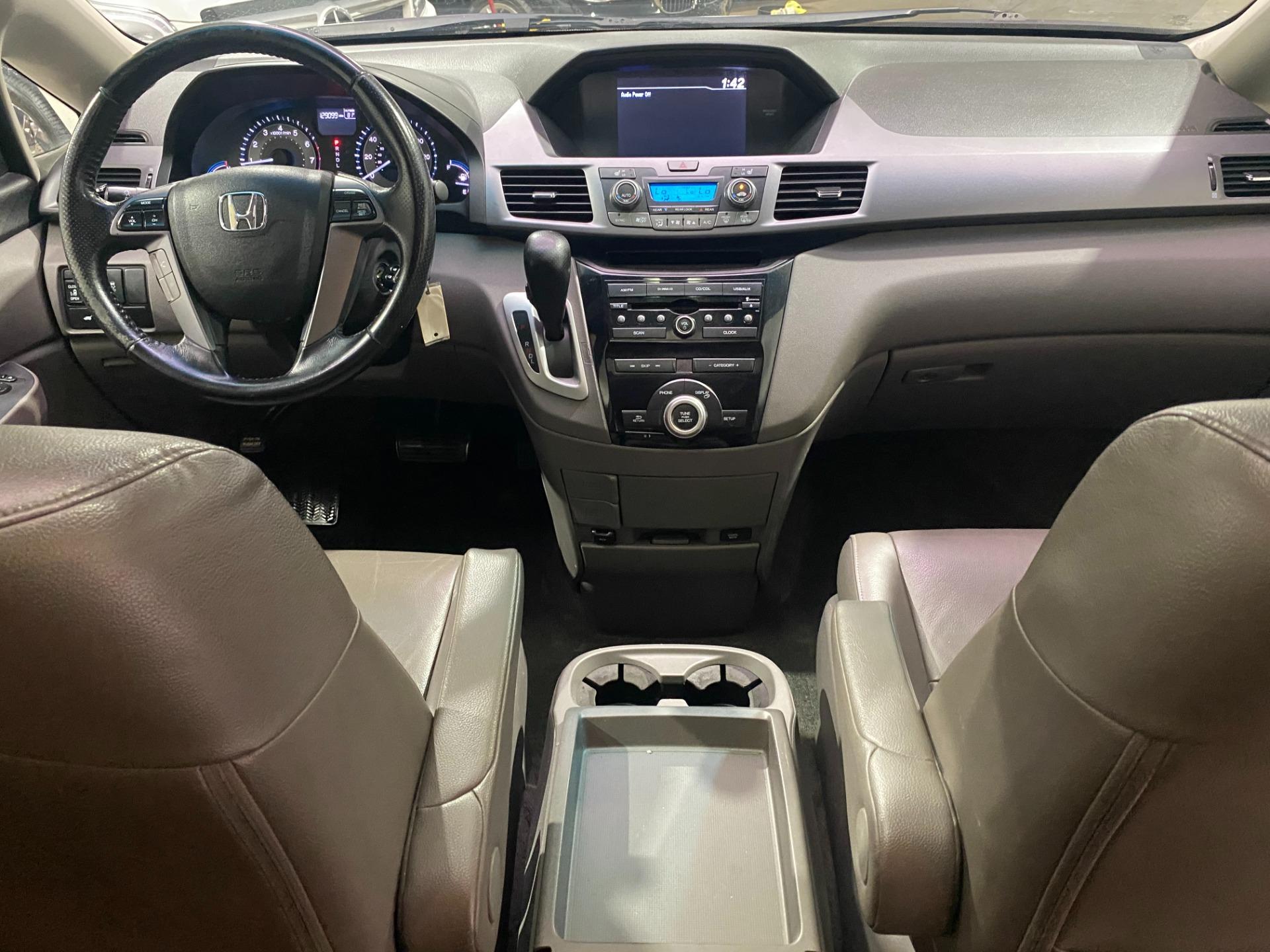 Used-2011-Honda-Odyssey-EX-L-FWD
