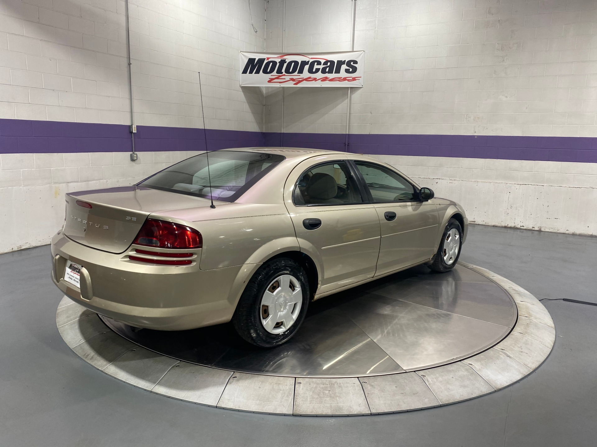 Used-2004-Dodge-Stratus-SE-FWD